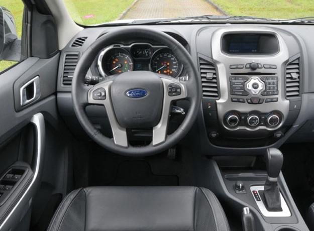 interior nova ranger