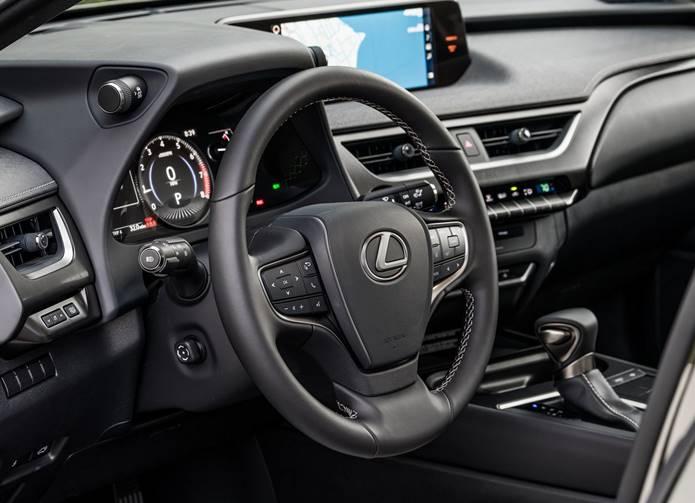 lexus ux interior painel