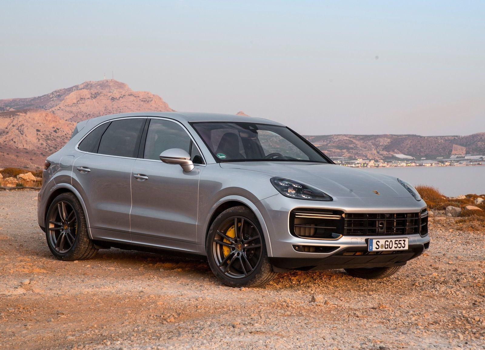 Nova Geracao Do Porsche Cayenne Chega Ao Brasil Trazendo Tudo Novo Precos Partem De R 423 Mil