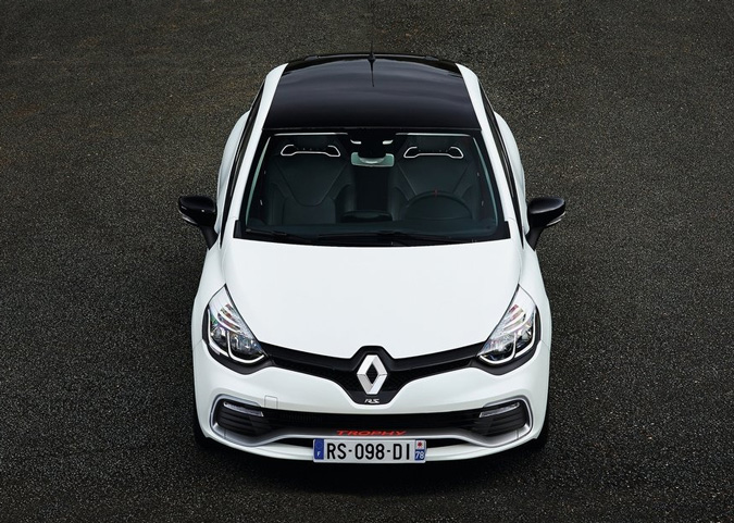 renault clio rs220 2015