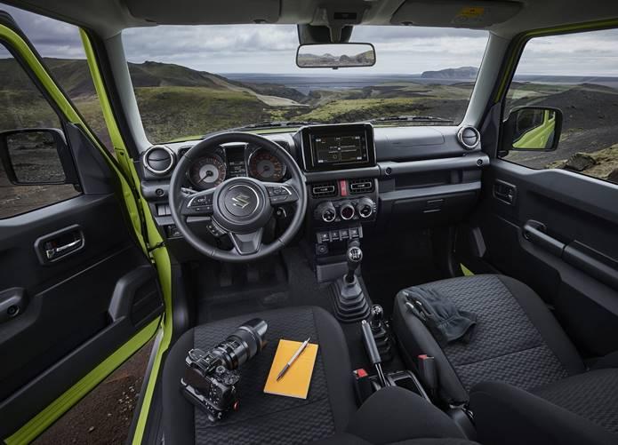 novo suzuki jimny sierra 2020 interior painel