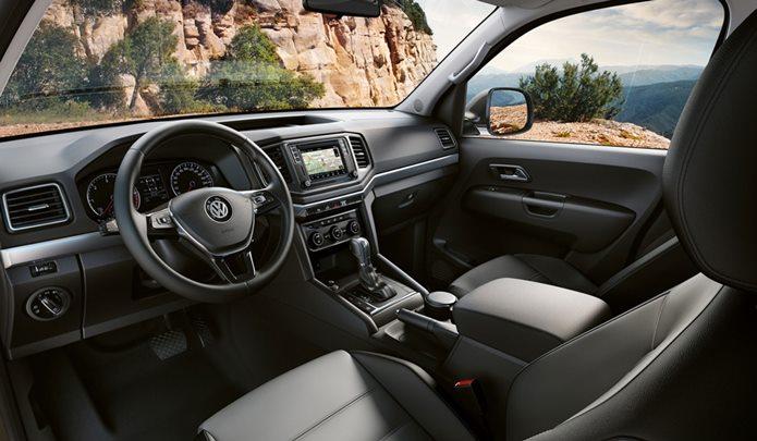 volkswagen amarok v6  interior painel