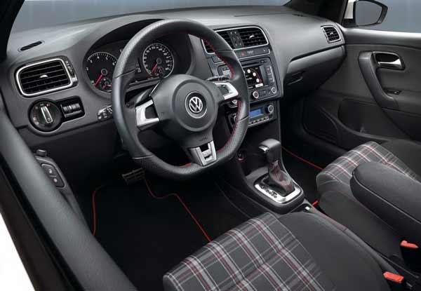 interior volkswagen polo gti 2011