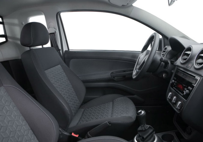nova vw saveiro 2014 interior