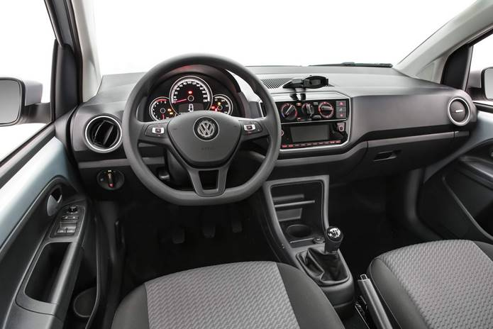 vw up 2020 connect interior painel