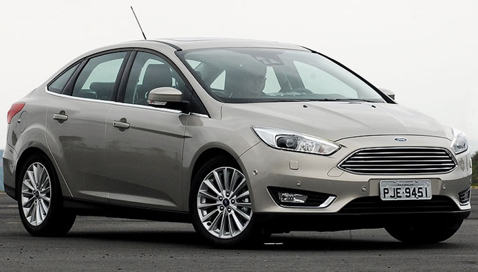 ford focus fastback 2017